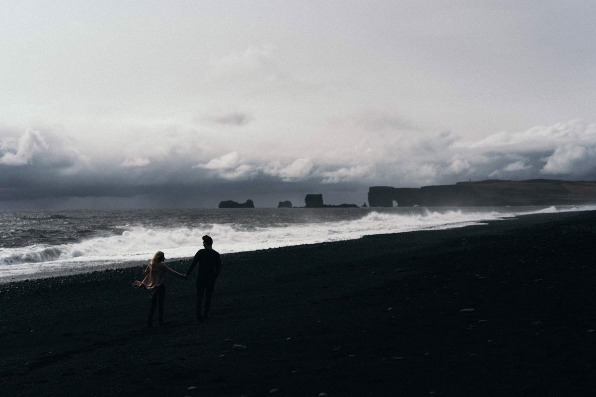 M&S - Iceland & Dwór Kolesin engagement session iceland 014