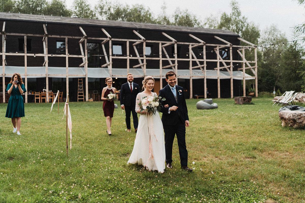 J&D Ślub plenerowy i wesele w stodole - Oczyszczalnia Miejsce wesele oczyszczalnia the snap shots 036 1
