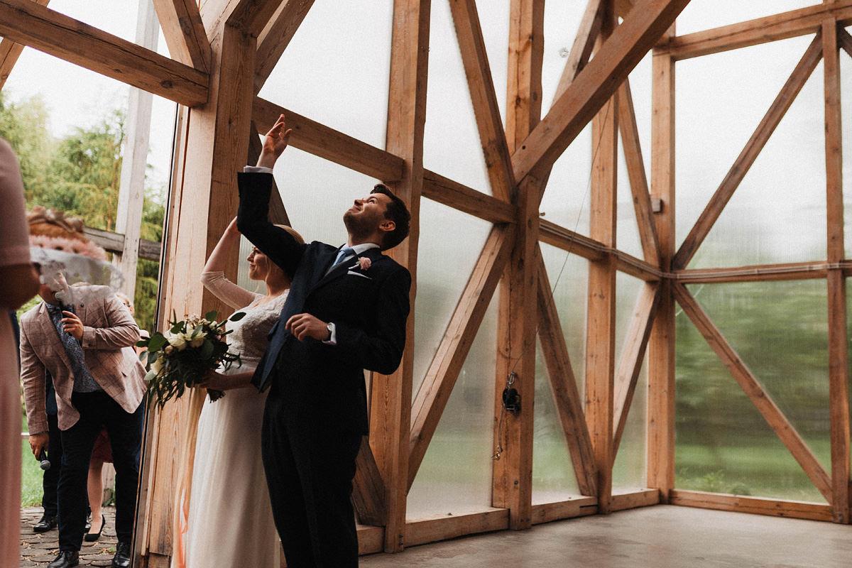 J&D Ślub plenerowy i wesele w stodole - Oczyszczalnia Miejsce wesele oczyszczalnia the snap shots 049 1