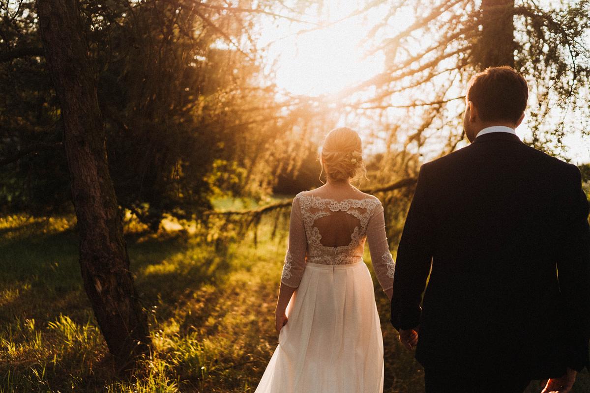 J&D Ślub plenerowy i wesele w stodole - Oczyszczalnia Miejsce wesele oczyszczalnia the snap shots 053