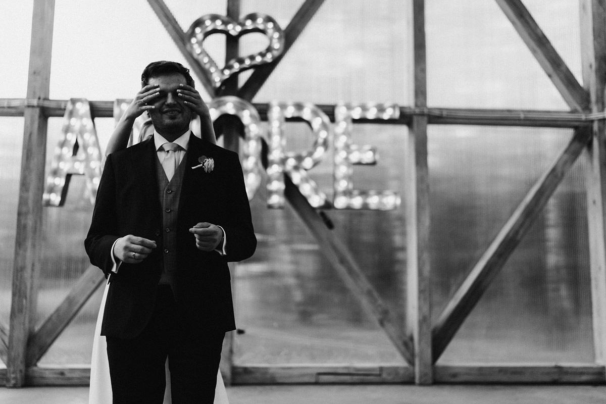 J&D Ślub plenerowy i wesele w stodole - Oczyszczalnia Miejsce wesele oczyszczalnia the snap shots 055 1