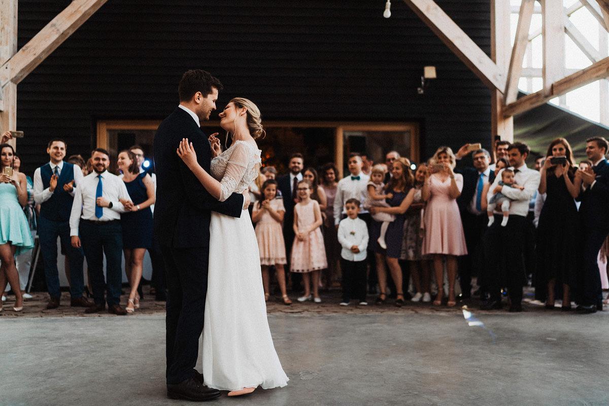 J&D Ślub plenerowy i wesele w stodole - Oczyszczalnia Miejsce wesele oczyszczalnia the snap shots 058 1