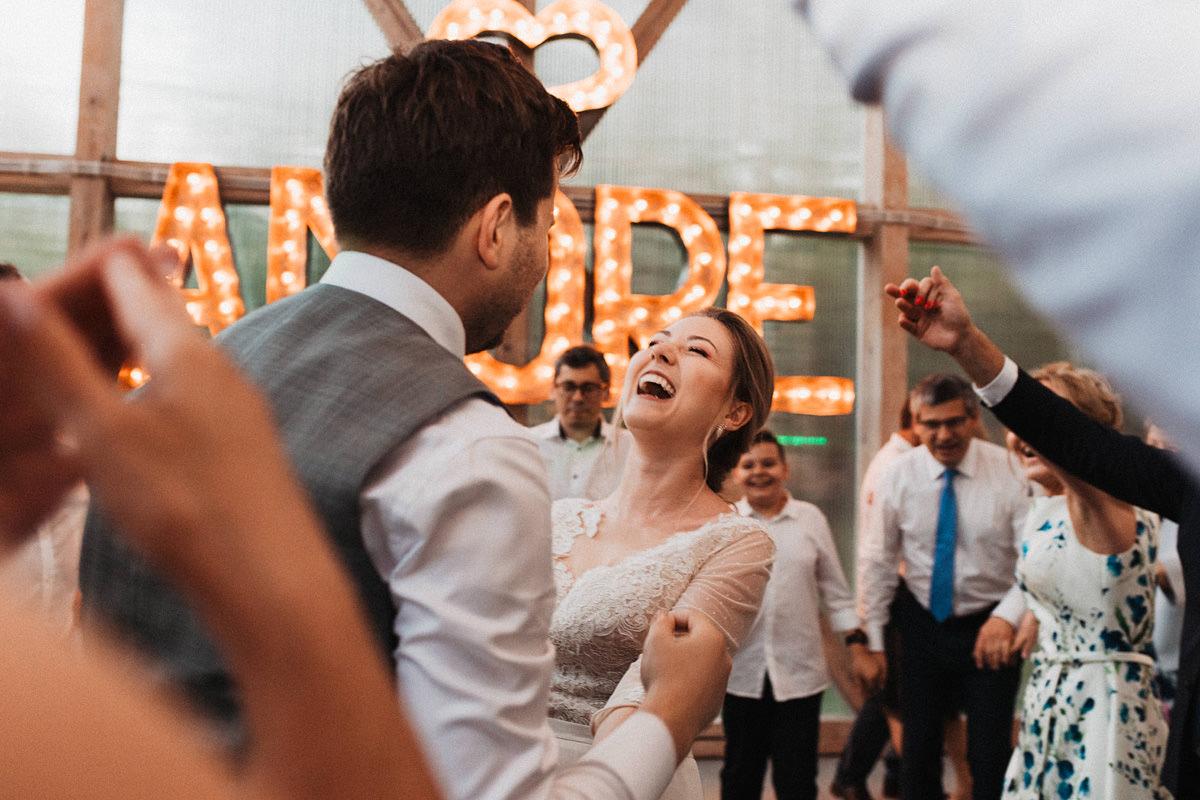 J&D Ślub plenerowy i wesele w stodole - Oczyszczalnia Miejsce wesele oczyszczalnia the snap shots 067 1