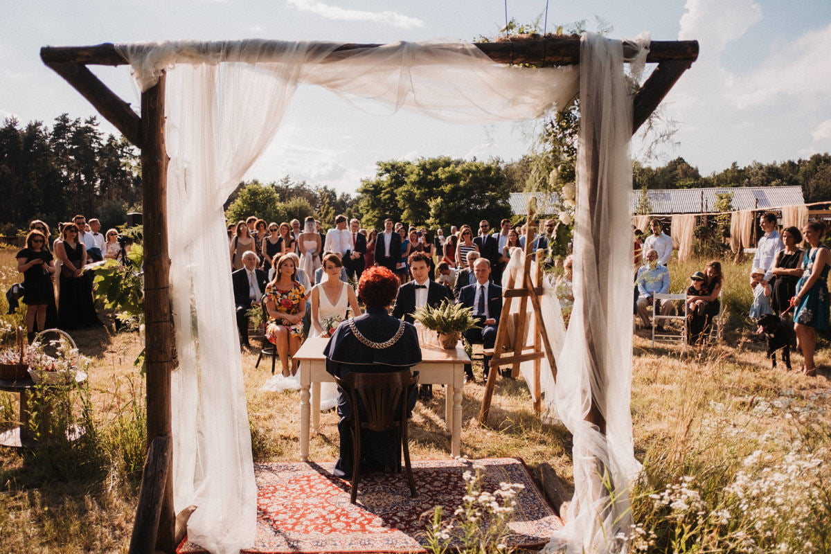 Cicha 23 - ślub cywilny w plenerze