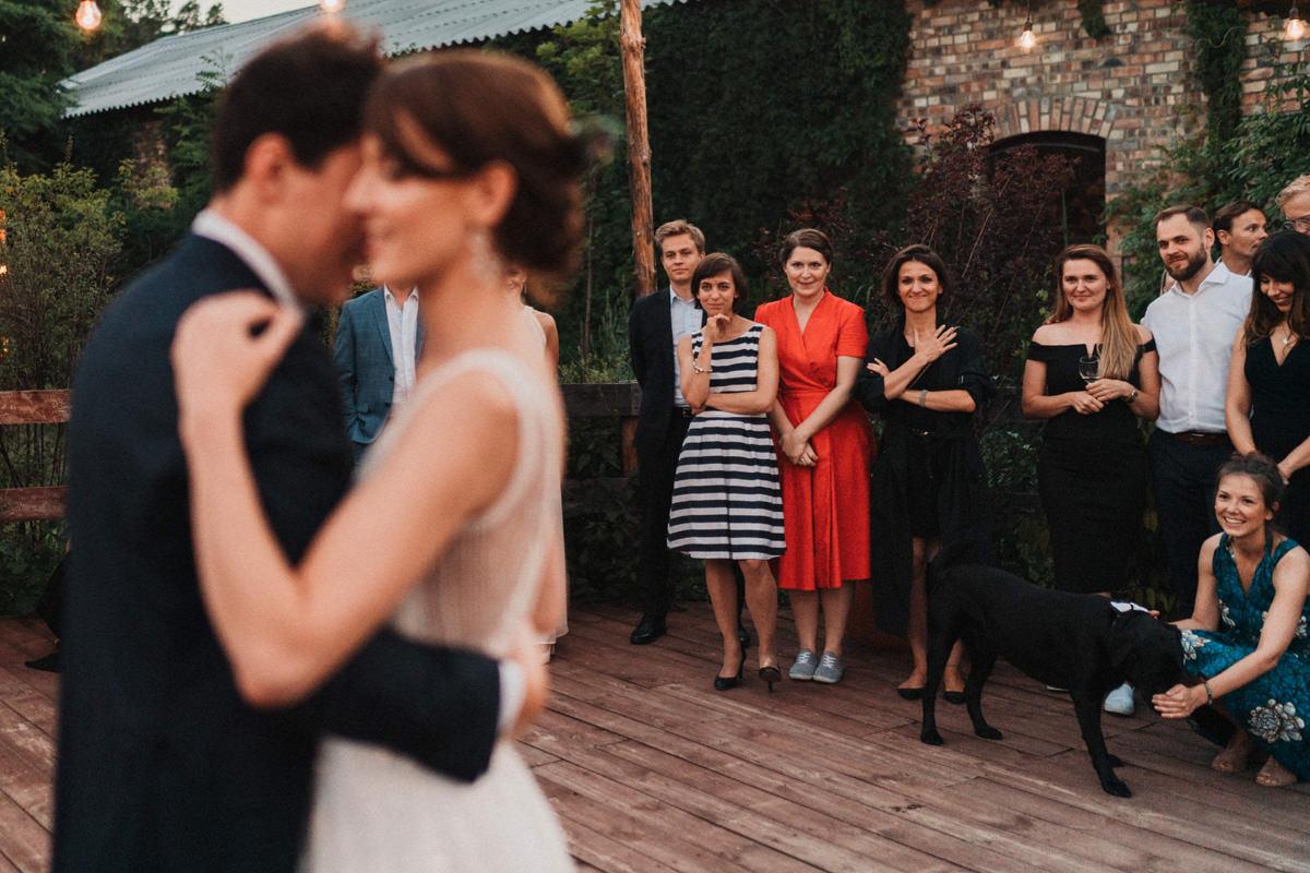 Wesele Cicha 23 - pierwszy taniec pary młodej