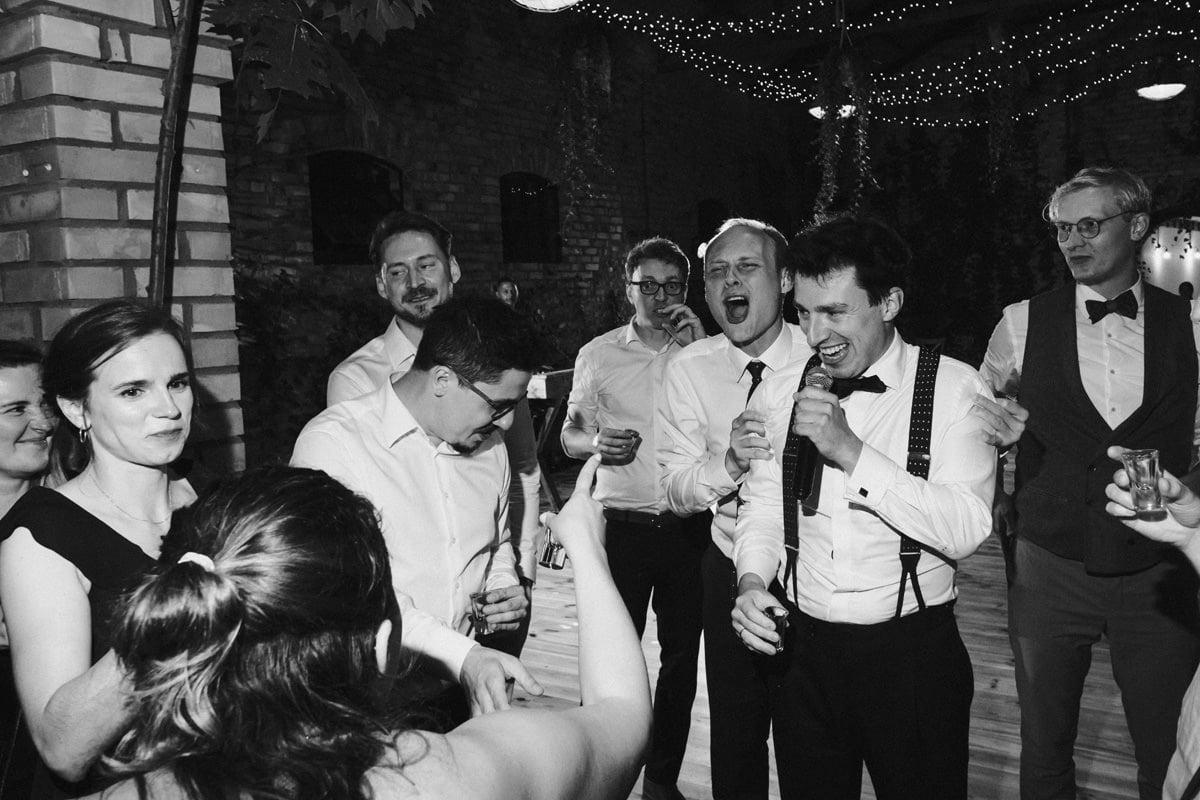 Cicha 23 - toast weselny